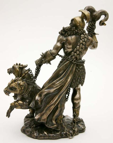 Hades, god van de onderwereld bij Crystal Temptation in Venlo